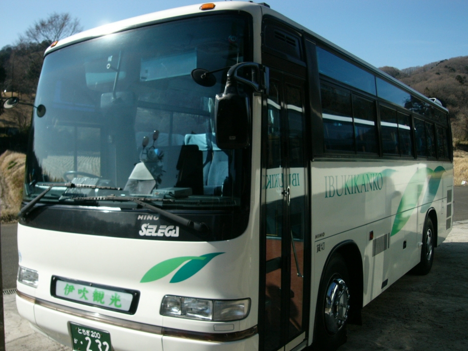 伊吹観光バス